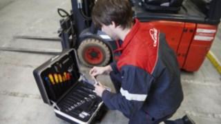 maintenance-repair_working_1590